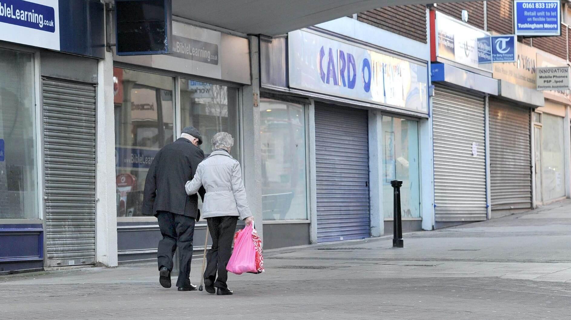 PIB do Reino Unido levará quatro anos para se recuperar para 19 níveis anteriores ao covarde - Relatório 8