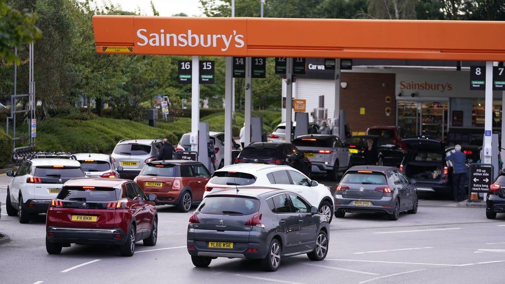petrol station cars